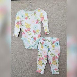 Gorgeous floral onesie & pants - Size 12 months